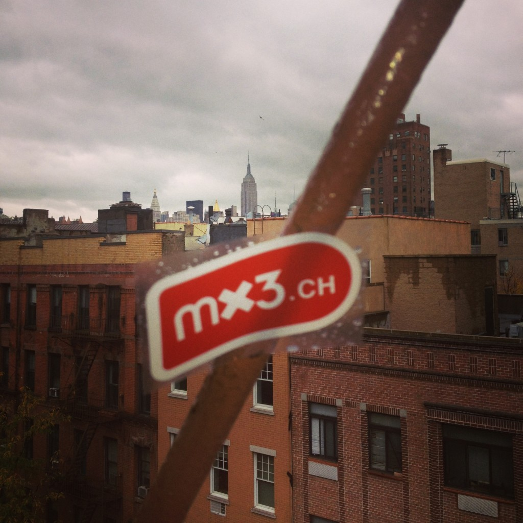 "Mx3 ""flag"" over NYC"
